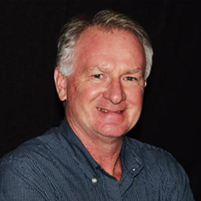 Headshot of Duncan Currie